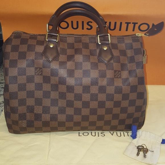 6d199be2c974 Louis Vuitton Handbags - Authentic Louis Vuitton Speedy 30